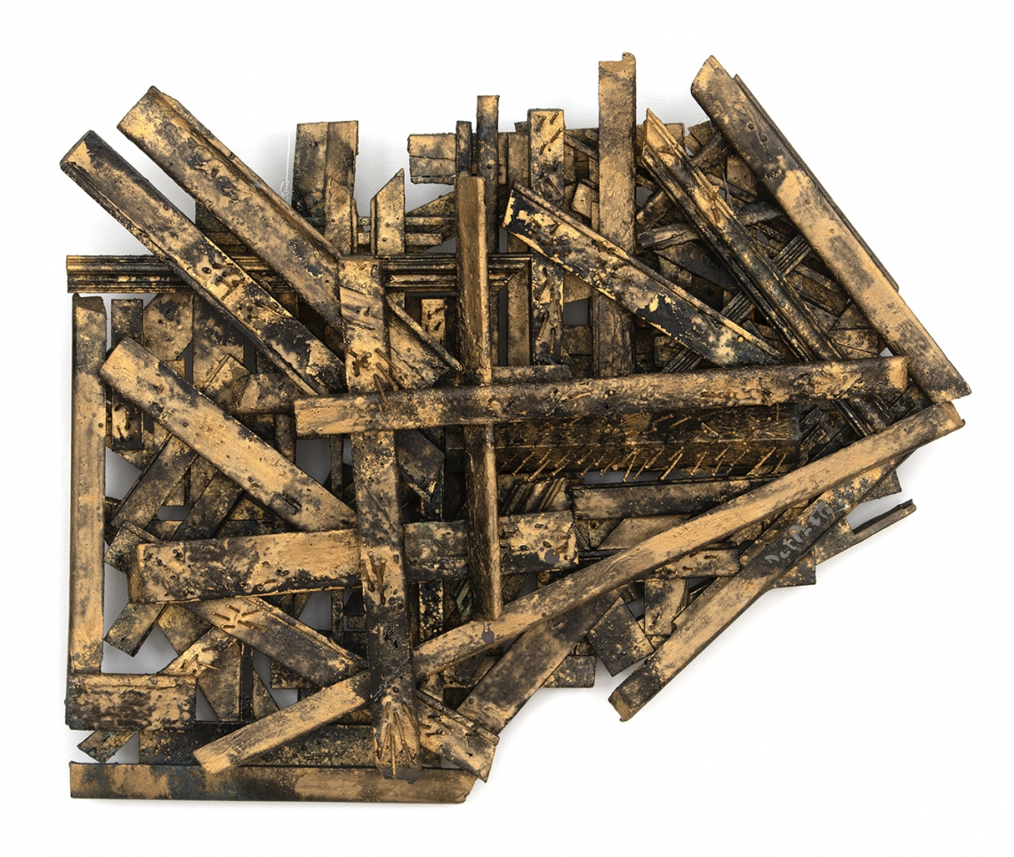 Juan Del Prete. Rilievo con cornice, 1965. Relief in wood and frame assembly with nails and gold dust, 55 x 65 x 12 cm.
